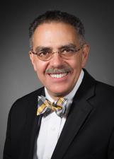 Louis Raphael Kavoussi, MD